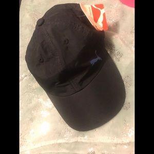 Puma black hat!!💜✨